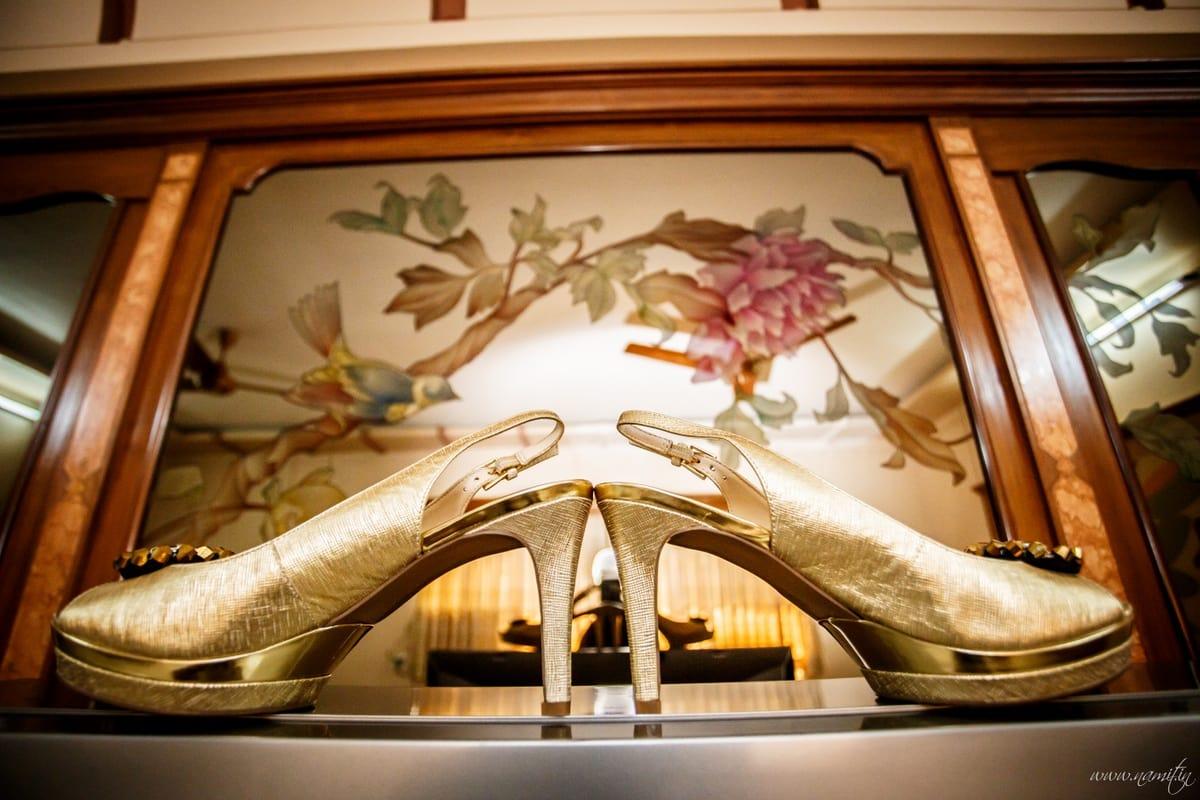 bridal footwear:namit narlawar photography