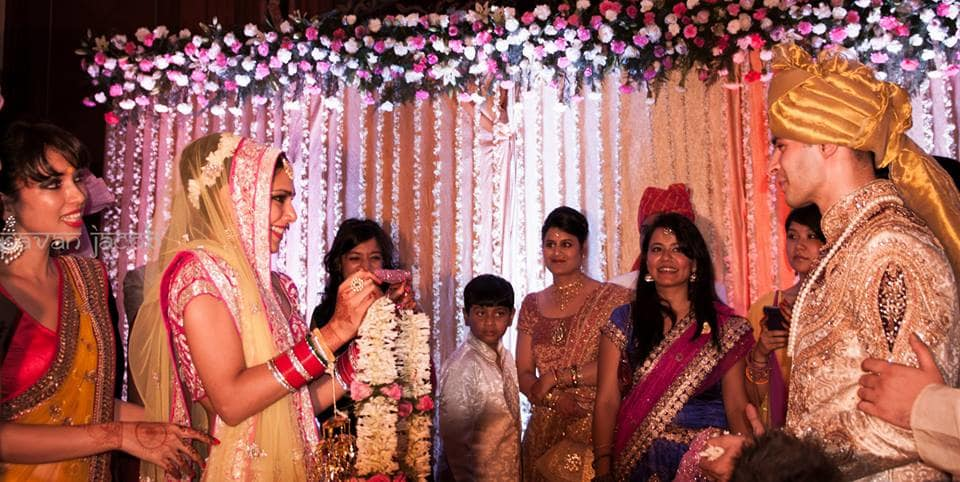 varmala ceremony:pavan jacob photography