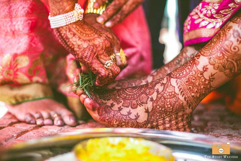 beautiful bridal mehndi:the story weavers