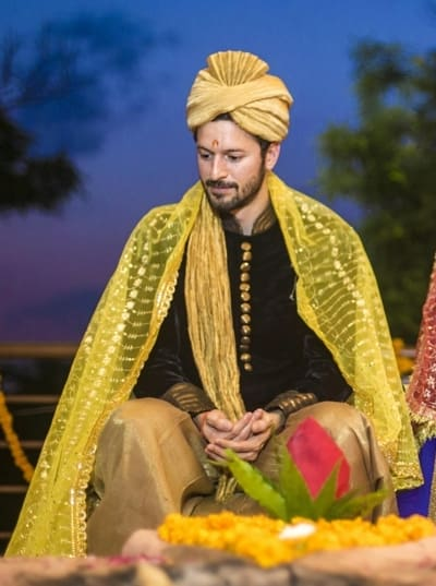 green groom shervani:sajda wedding planning and choreography services
