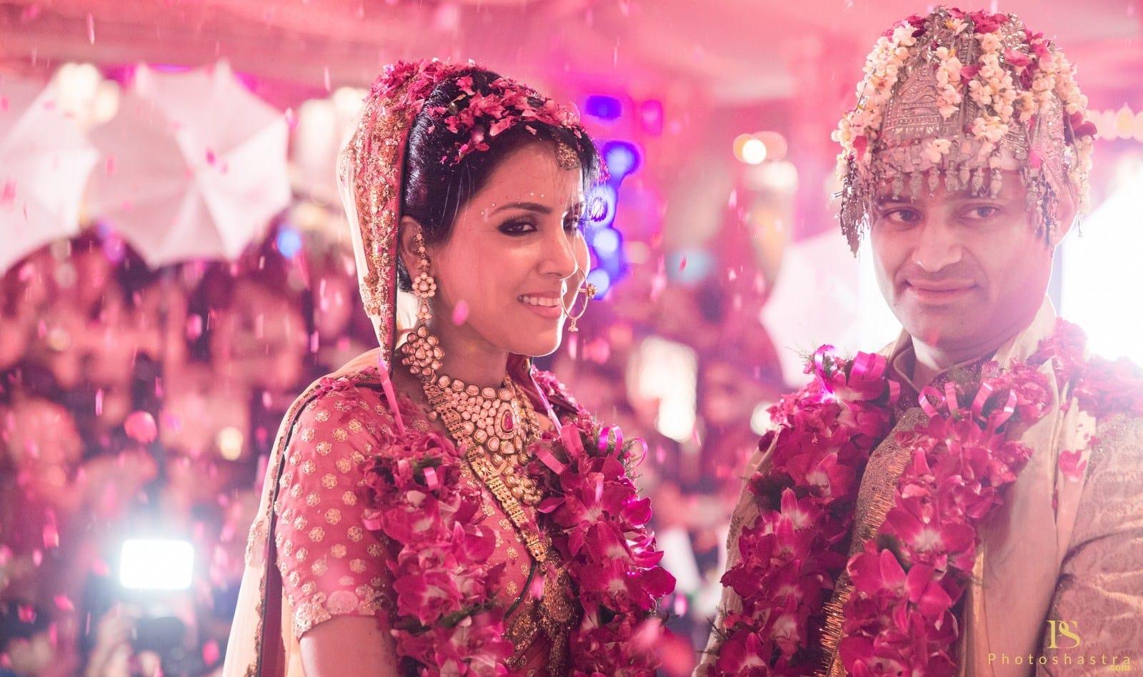 wedding couple click:photoshastra