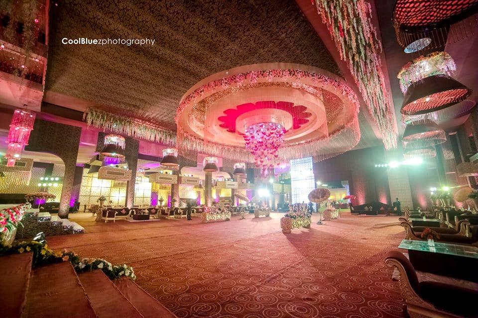 beautiful venue decoration:coolbluez photography