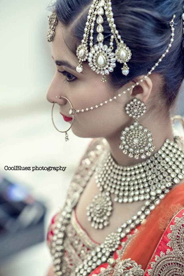 beautiful bridal jewellery:coolbluez photography