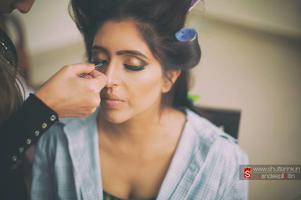 bridal make up:shutterink photography