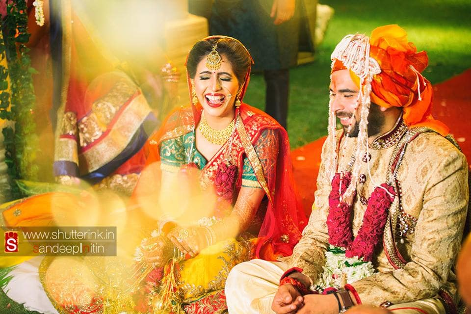 wedding couple click:shutterink photography