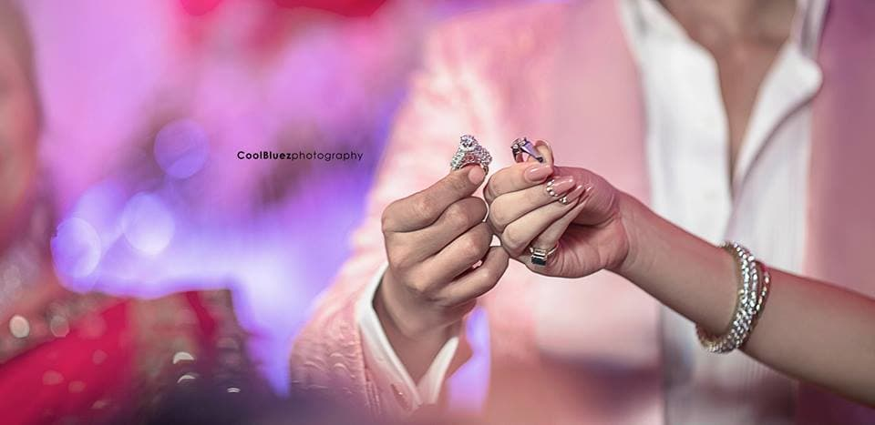 beautiful wedding rings:coolbluez photography