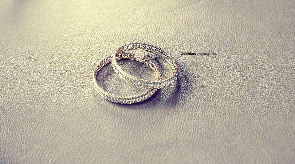 wedding rings:coolbluez photography
