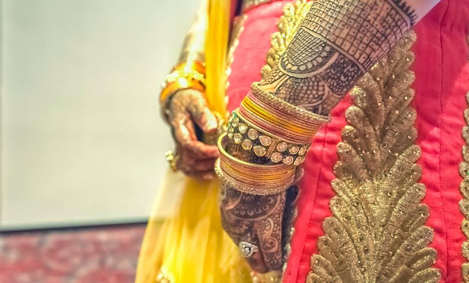 beautiful bridal mehndi:coolbluez photography