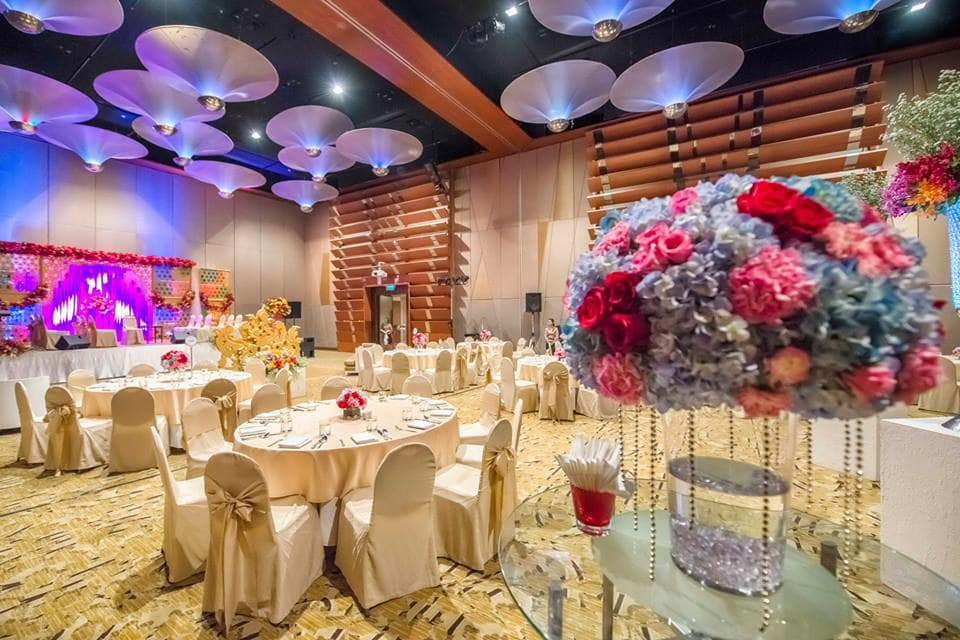 venue decoration:coolbluez photography