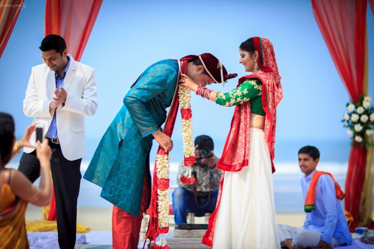 wedding ritual varmala ceremony:namit narlawar photography