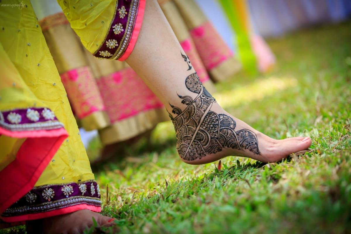 bridal mehndi:namit narlawar photography