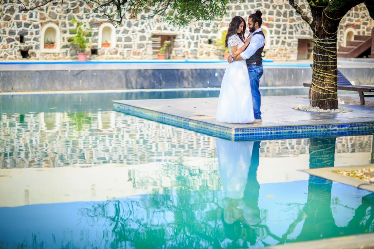 pre wedding clicks:namit narlawar photography