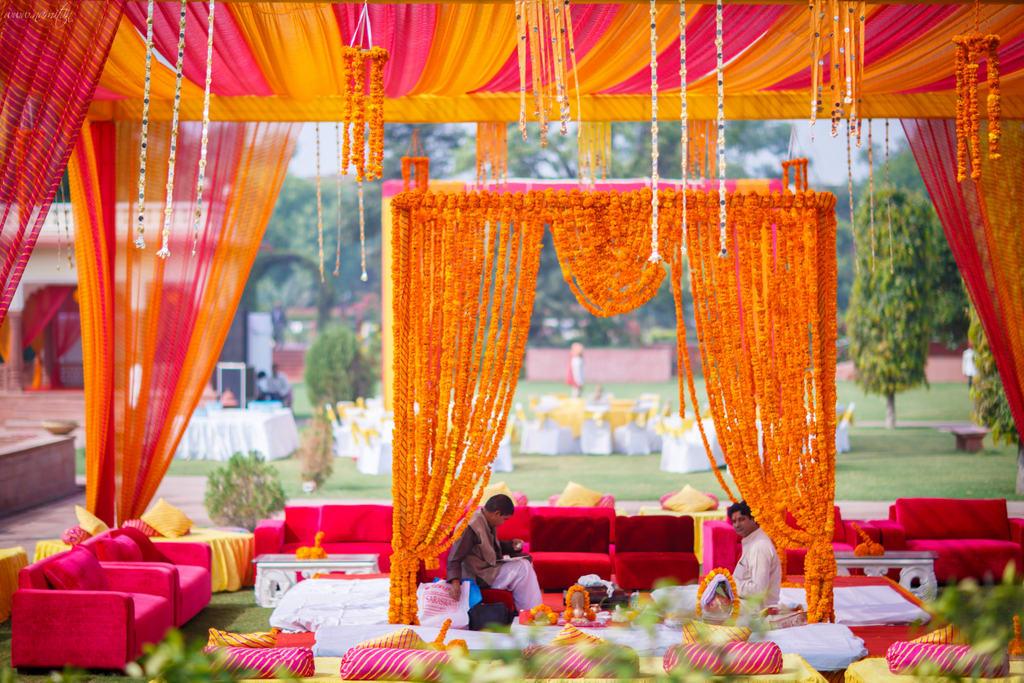 wedding decoration:namit narlawar photography