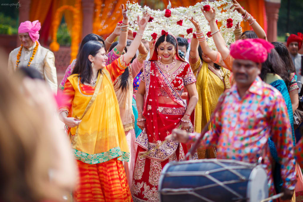 brides entry:namit narlawar photography