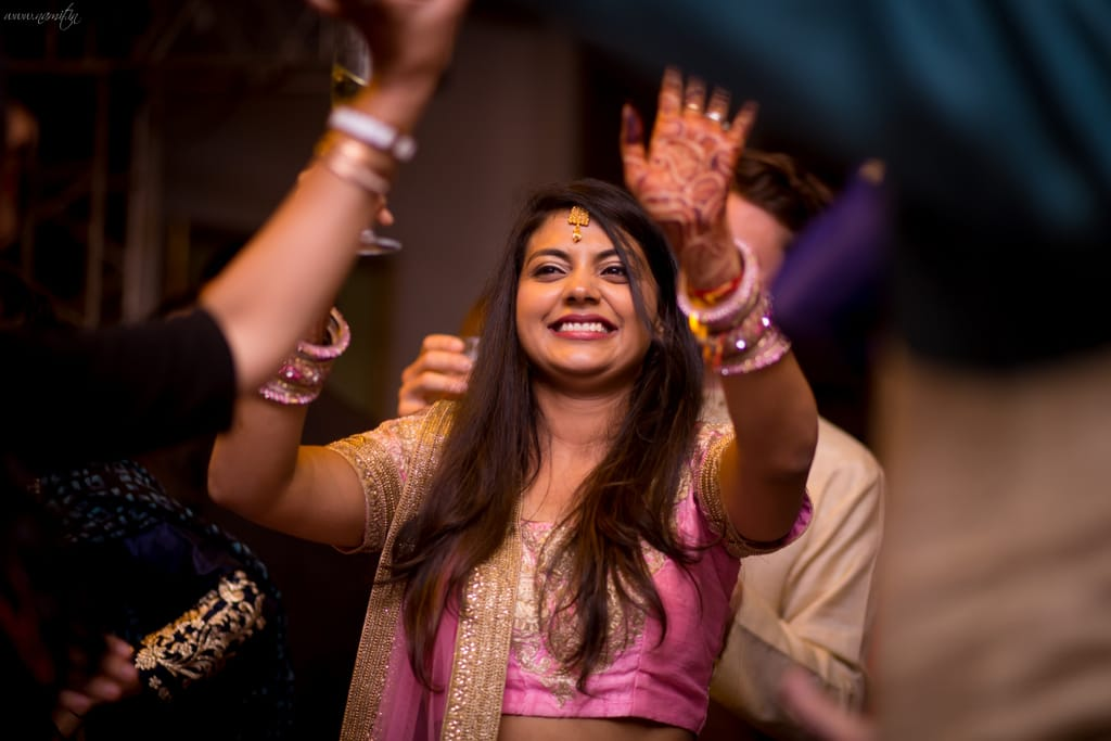 brides dance in sangeet:namit narlawar photography