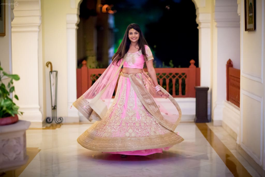 beautiful sangeet outfit:namit narlawar photography