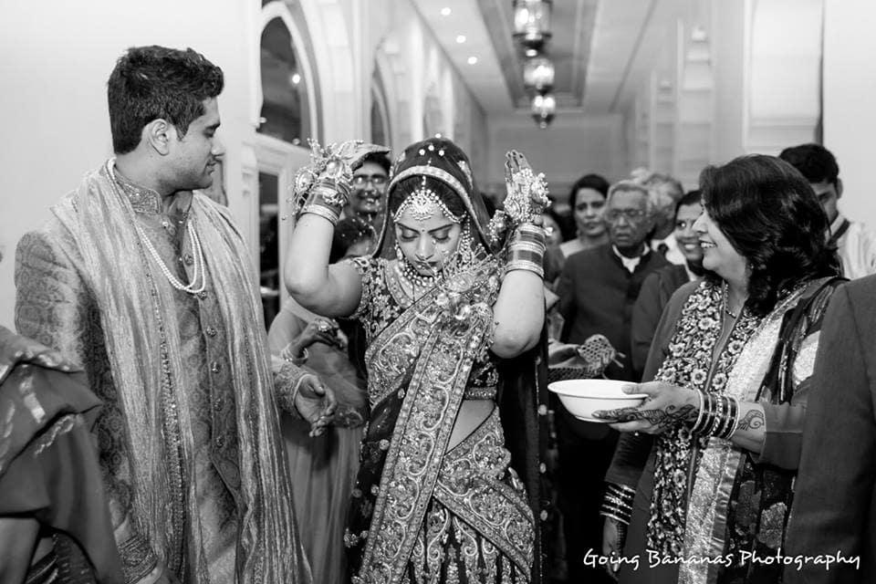 wedding ritual with bride:going bananas photography