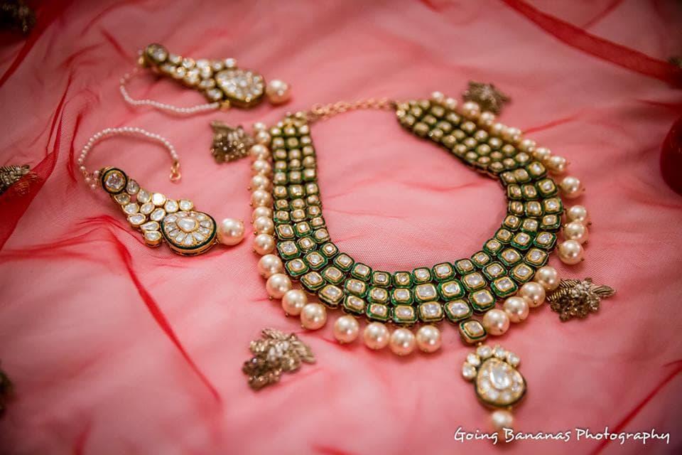beautiful bridal jewellery:going bananas photography