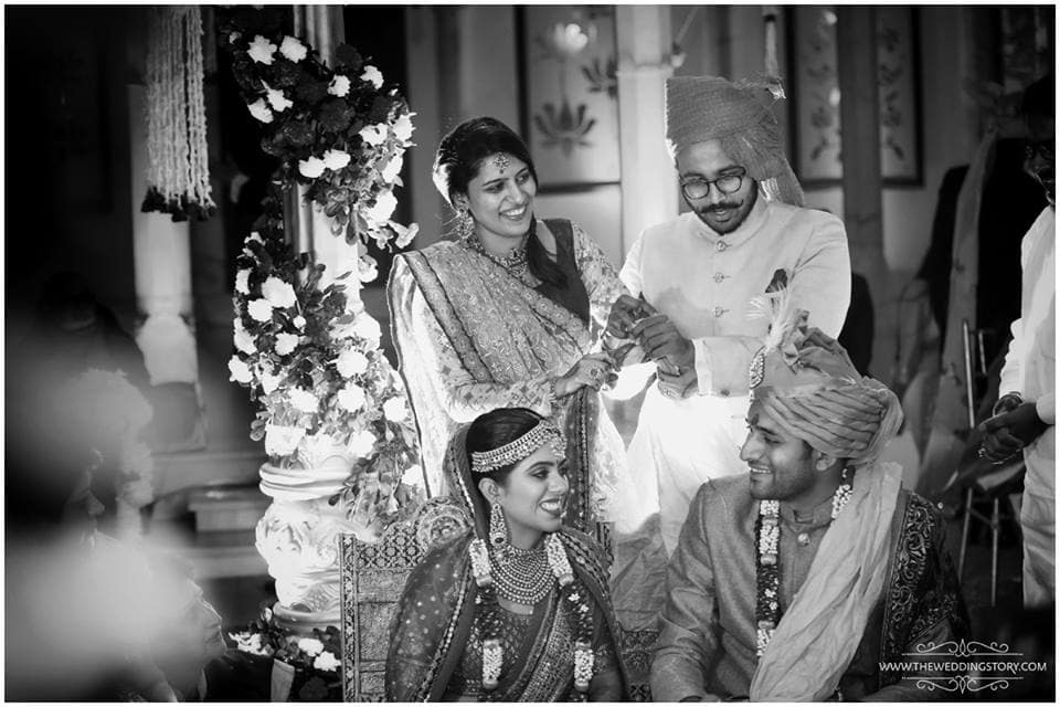 clicks with wedding couple:the wedding story