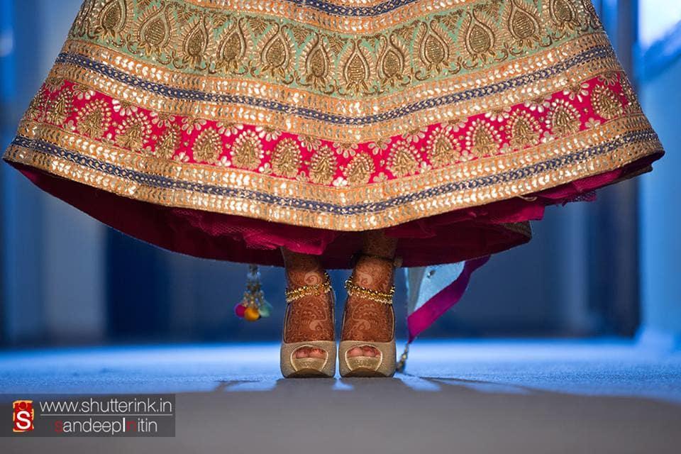 bridal footwear:shutterink photography