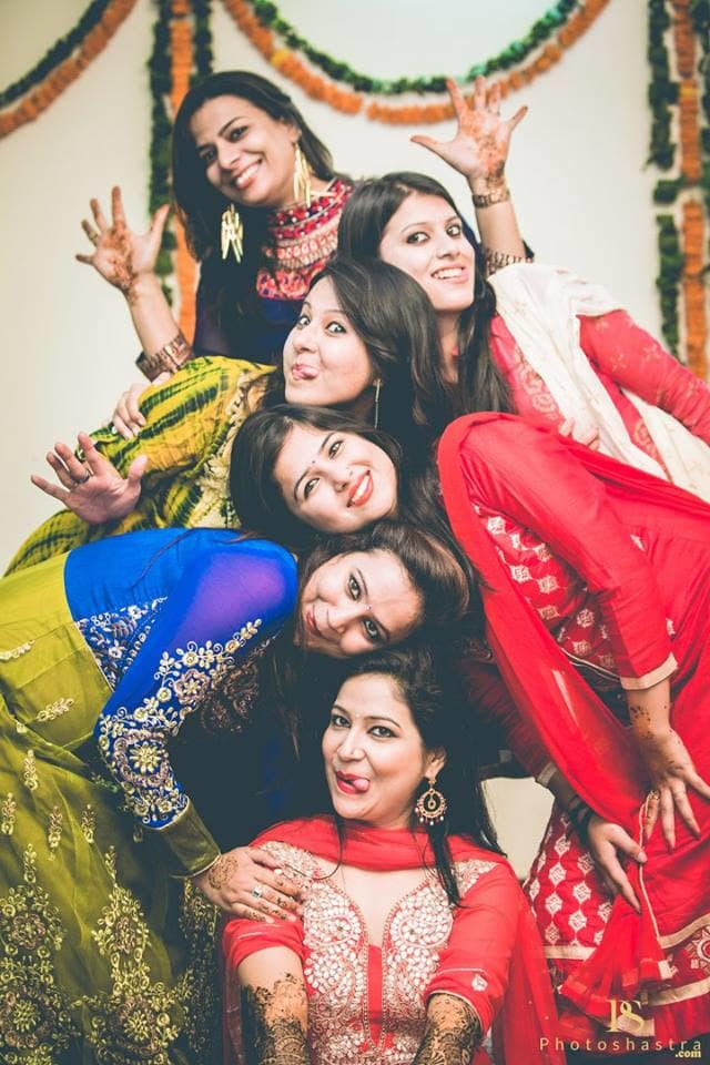 group photography:photoshastra