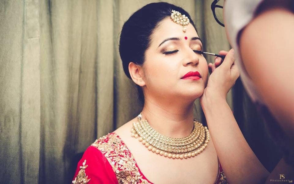 beautiful bridal make up:photoshastra