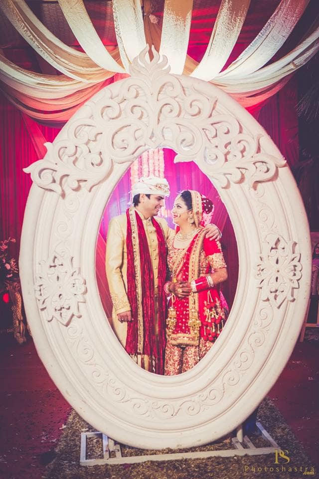 wedding couple click:photoshastra