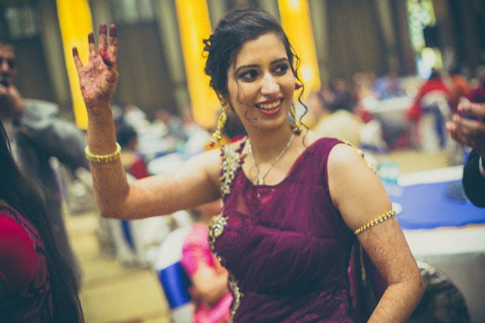 bride dance:candid shutters