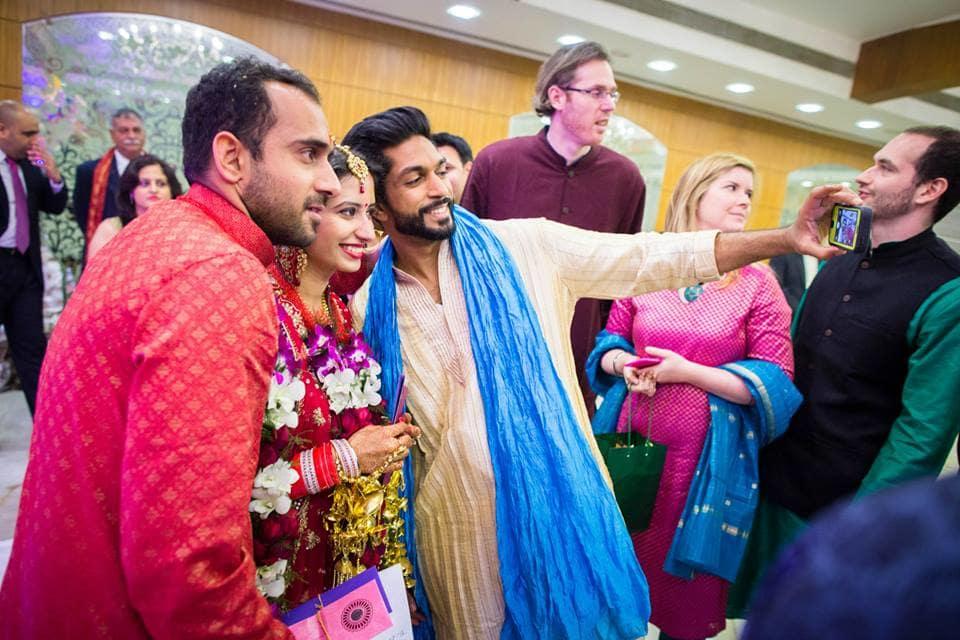selfie with bride groom:candid shutters