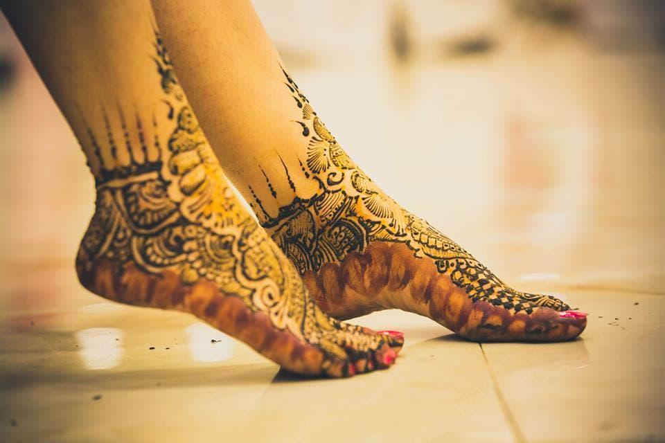bridal mehandi:candid shutters