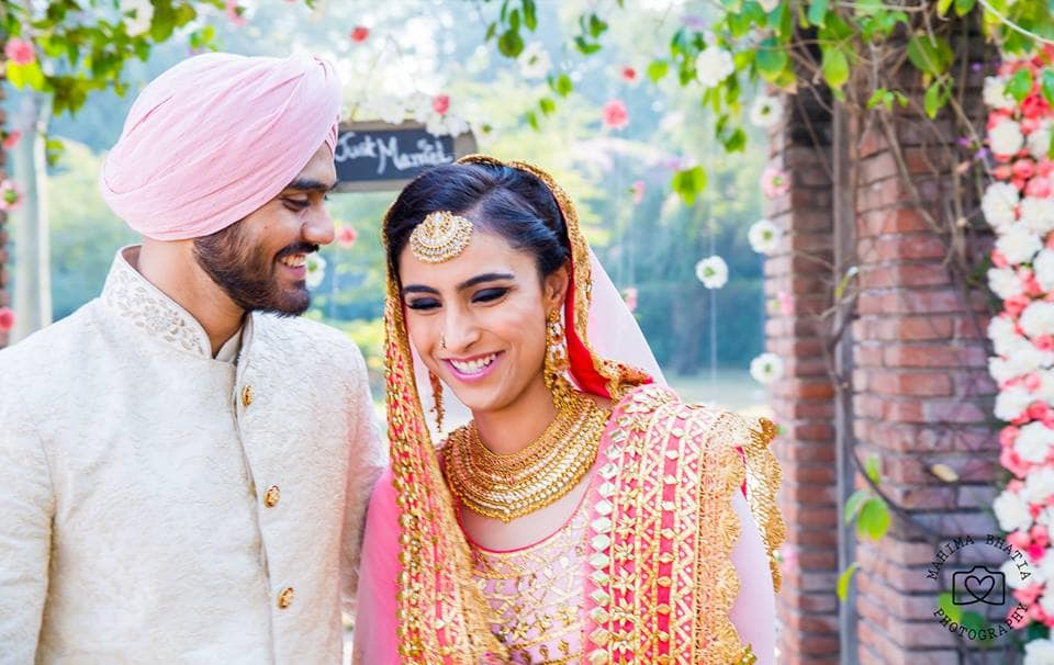 couple candid shot:mahima bhatia photography