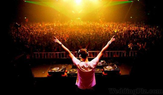 Dinesh Lights and DJ System DJ weddingplz