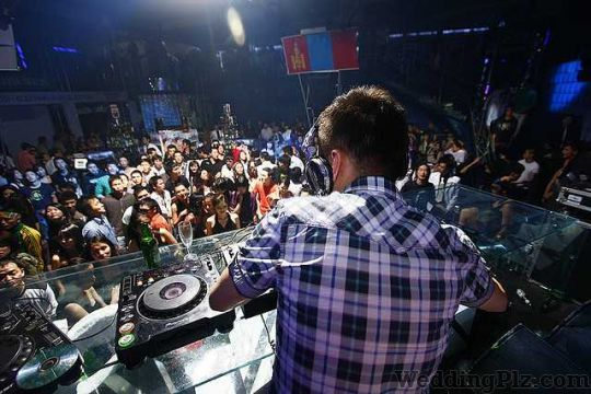 AMY Events and Productions DJ weddingplz