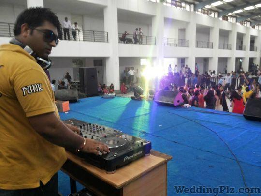 Roxy DJ DJ weddingplz
