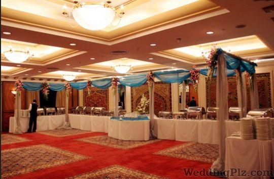 Give Them A Very Big Hand Event Management Companies weddingplz