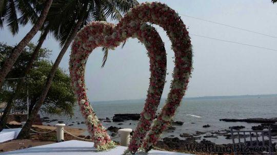 Friends N Flora Florists weddingplz