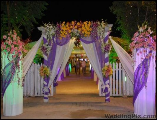 Valaya F N P Fleur Florists weddingplz