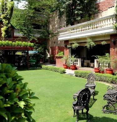 The Estate Villa Hotels weddingplz