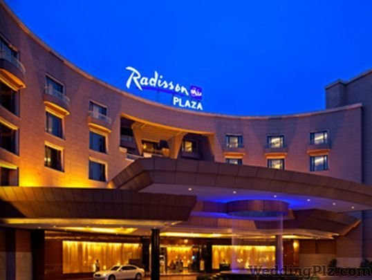 Radisson Blu Plaza Hotels weddingplz