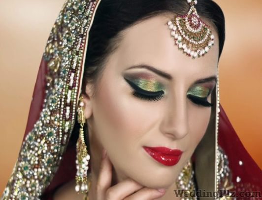 Fiona Fine Moissanite Jewellery Jewellery weddingplz