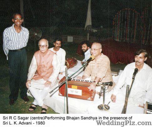 Sagar Bandhu Live Performers weddingplz