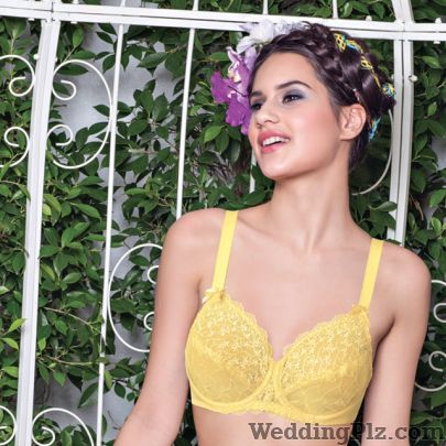 Enamor Lingerie Shops weddingplz