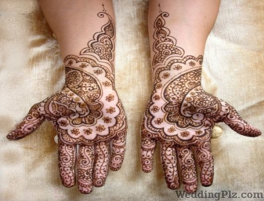 Rakesh Mehandi Wala Mehndi Artists weddingplz