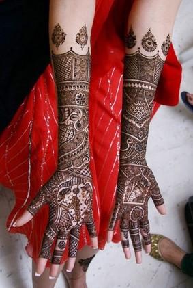 Shenaz A. Hussaini Mehndi Artists weddingplz