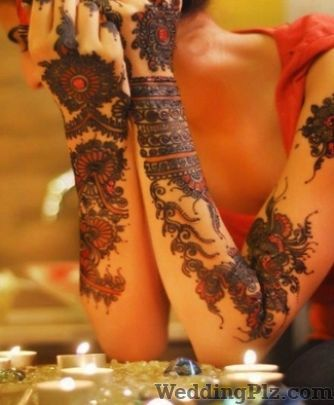 Vicky Mehandi Art Mehndi Artists weddingplz