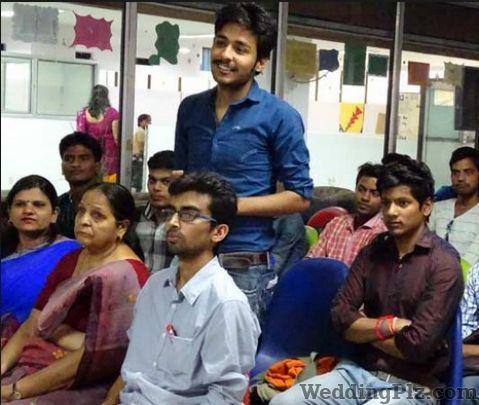 Praveen English Speaking Classes Personality Development Classes weddingplz