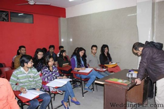 The Edge Academy For Corporate Grooming Personality Development Classes weddingplz