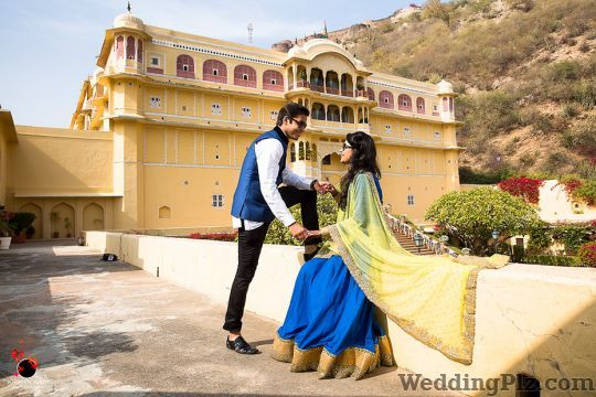 Contemporary Wedding Photography By Soumen Nath Photographers and Videographers weddingplz