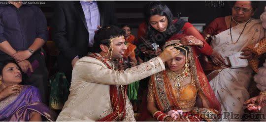 Life Expressions Photographers and Videographers weddingplz