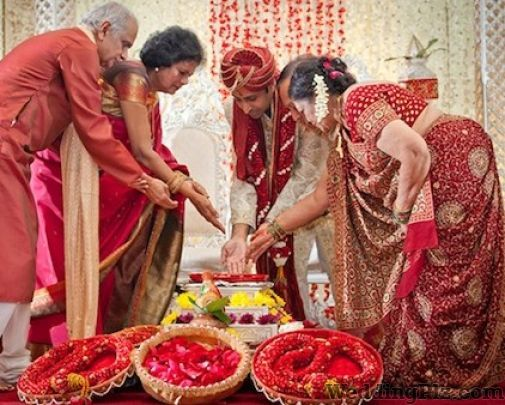 Maruti Studio Photographers and Videographers weddingplz